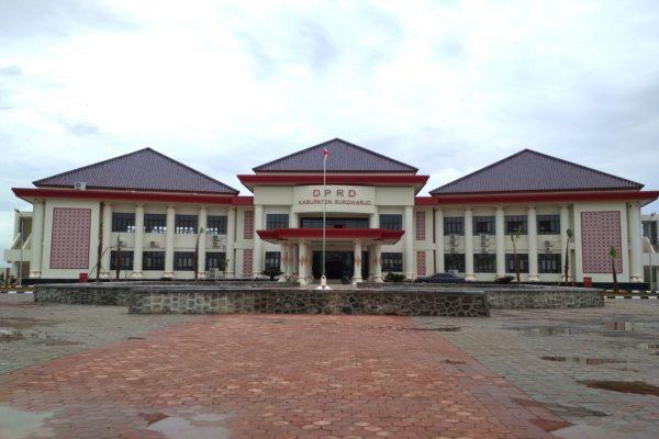 Bantu Tangani Corona, Anggota DPRD Sukoharjo Ramai-Ramai Sumbangkan Gaji
