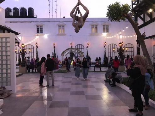 Suasana Kompleks Gedoeng Djoeang '45, Jl. Mayor Sunaryo, Kelurahan Kedunglumbu, Pasar Kliwon, Solo, Jumat (20/9/2019). (Solopos-Mariyana Ricky P.D.)