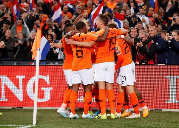 Belanda Vs Spanyol: Ajang Eksperimen Skuat & Taktik