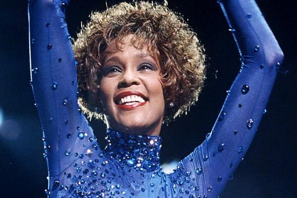 Konser Hologram Whitney Houston Digelar 2020