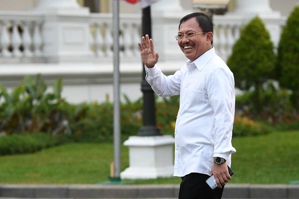 Menkes Terawan Wabah Virus Corona Tak Masuk Indonesia Karena Doa