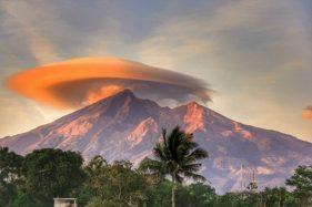 Dear Pendaki, Waspada Cuaca Ekstrem di Gunung Merbabu Hingga Maret 2020