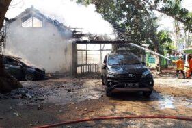 Ex Rumah Dinas di Rembang Terbakar, 2 Mobil dan 13 Motor Motor Hangus
