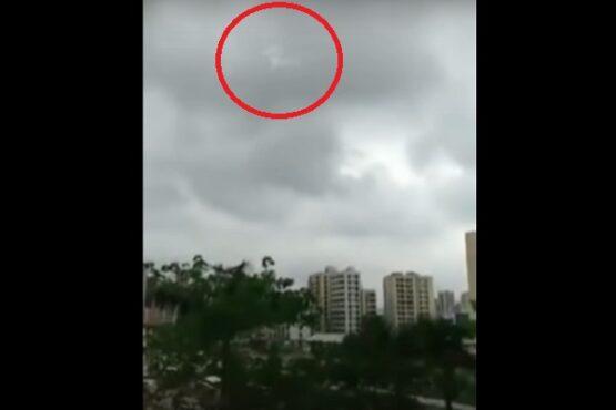 Viral Kuda Terbang di Langit Surabaya Jadi Tanda Kiamat, Cek Faktanya
