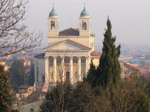 Panorama di Schio, Veneto, Venesia yang pernah menjadi lokasi Pertempuran La Motta, 1513. (Wikimedia.org)