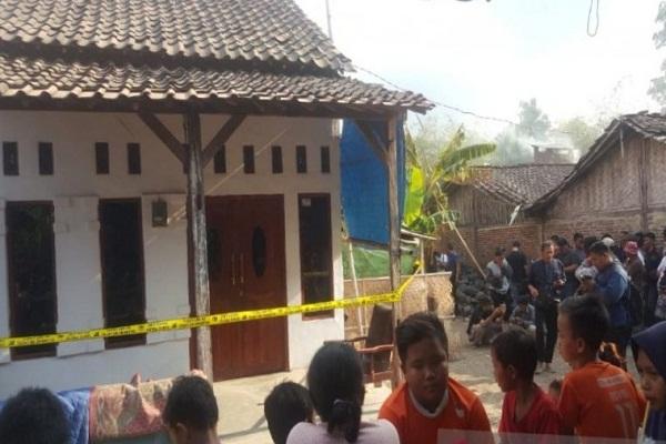 Rumah Penusuk Wiranto di Brebes Digeledah, Anak Panah dan Busur Dirampas