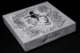 Sad Box Didi Kempot. (Beli Album Fisik)