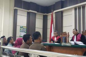 Di Rumah Pegawai Kejaksaan Rembang, Berkas Tilang dan Uang Berserakan