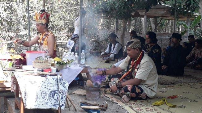 Keberagaman di Yogyakarta Terkoyak! Sudah Tak Pakai Pengeras Suara, Upacara Agama Hindu Dihentikan Paksa