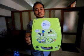 Kini, Alat Pacu Jantung Tersedia di Ruang Publik di Surabaya