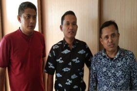 Manajer Regional Corporate Communication PT Sumber Alfaria Trijaya Tbk. Muhammad Afran (berkaus merah) menyatakan kesiapan menampung produk lokal UMKM dan IKM Batang. (Antara-Kutnadi)