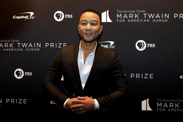 John Legend Pria Terseksi 2019