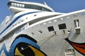 Kapal Pesiar Jerman Bersandar di Pelabuhan Tanjung Perak Surabaya