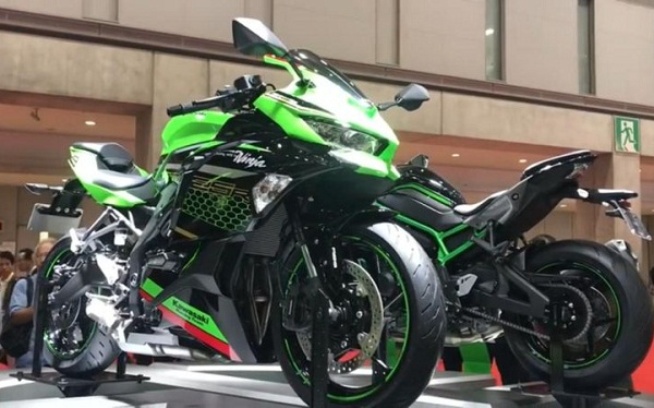 Asyik! Kawasaki Ninja ZX-25R Bakal Dijual di Indonesia