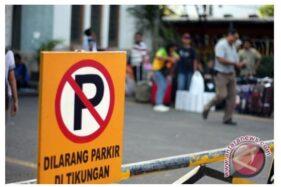 Dilarang parkir di tikungan/antaranews.com