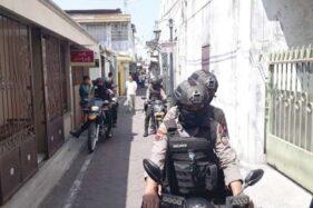 Pemuda Ditangkap Densus 88 di Kauman Solo, Ditabrak Polisi Saat Naik Sepeda