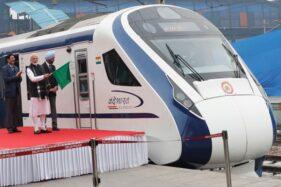 Kereta Api Semi Cepat Lintasi Jateng, Semarang-Jakarta Hanya 3 Jam