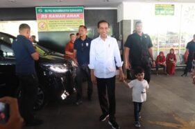 Usai Momong Jan Ethes di Transmart, Jokowi Kembali Jenguk La Lembah Manah