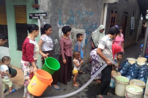 Ilustrasi krisis air bersih akibat kekeringan. (Antara-Andi Firdaus)