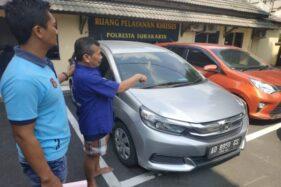 Terlilit Utang Untuk Beli Benda Mistis, Pria Ini Nekat Gelapkan Mobil Rental di Solo