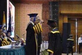 Udinus Wisuda 553 Mahasiswa, Rektor Minta Lulusan Manfaatkan Teknologi
