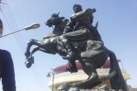 Patung An Nasir Salah Ad Din Yusuf Ibn Ayyub alias Saladin di Damaskus, Suriah. (Wikimedia.org)