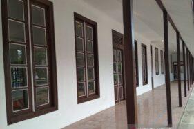 Bangunan eks Sekolah Rakyat di kompleks Pendapa Kabupaten Kudus, Jawa Tengah yang saat ini terlihat bagus seusai direhabilitasi. (Antara-Akhmad Nazaruddin Lathif)