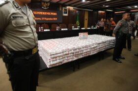 Tumpukan Uang Rp477 Miliar Kokos Lim di Kejakgung, dari Mana Asalnya?