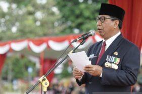 Wali Kota Magelang Sigit Widyonindito memimpin upacara peringatan Hari Pahlawan Tingkat Kota Magelang, Minggu (10/11/2019). (Antra-Humas Pemkot Magelang)