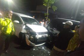 Kecelakaan Karambol di Depan Aston Madiun, 3 Mobil Rusak