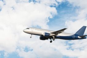 Pengin Liburan? Yuk Cek Promo Tiket Pesawat Akhir Tahun