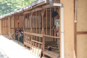 Pedagang Pasar Legi Solo Mulai Tempati Kios Darurat di Sekitar Monjari