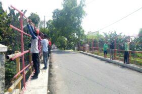 4 Jembatan Sragen Dipasangi Jaring Agar Warga Tak Buang Sampah ke Sungai