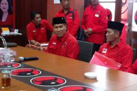 Bupati Wonogiri Joko Sutopo alias Jekek mendaftar pilkada atau Pilgub Wonogiri di Kantor DPD PDI Perjuangan Jawa Tengah di Kota Semarang, Jateng, Kamis (12/12/2019). (Semarangpos.com-Imam Yuda S.)