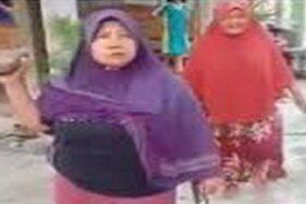 Emak-emak yang mengamuk saat ditagih utang. (Instagram)