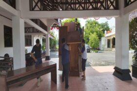 Perabot DPRD Sukoharjo Mulai Dipindahkan ke Gedung Baru di Mandan