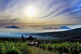 Dataran Tinggi Posong di Desa Tlahap, Kecamatan Kledung, Kabupaten Temanggung, Jateng. (Perpus.jatengprov.go.id)