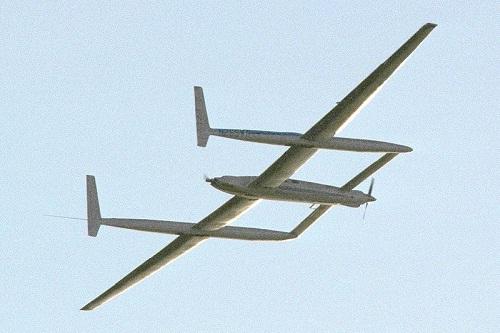 Rutan Voyager . (Wikimedia.org)