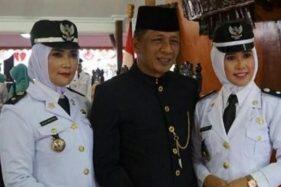 Kompak! 2 Istri Wakil Bupati Blitar Dilantik Jadi Kepala Desa
