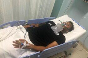Cedera Saat Lawan Persebaya, Kiper Persis Solo Sempat Dilarikan ke Rumah Sakit