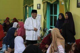 Ida Hartono mengunjungi Panti Asuhan Putri Aisyiyah Klaten di Kelurahan Tonggalan, Kecamatan Klaten Tengah, Jumat (31/1/2020). (Istimewa)