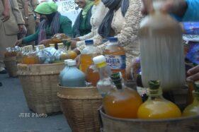 Pengrajin Jamu Gendong Asal Sukoharjo Tak Pulang Kampung, Sebelum Ramadan Sudah Kulakan Dulu