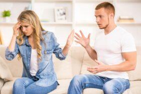Ilustrasi pasangan bertengkar. (Freepik)