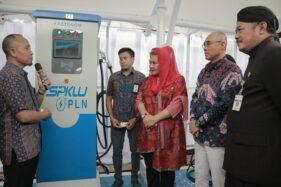 Peresmian SPKLU pertama di Jateng di Kantor PLN Semarang, Kamis (16/1/2020). (Semarangpos.com-PLN UID Jateng-DIY)
