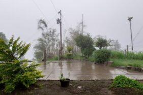 Selo Boyolali Berkabut Tebal Setelah Gunung Merapi Keluarkan Awan Panas