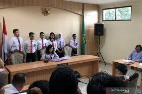 Suasana sidang pembacaan vonis terhadap seorang anak berinisial ZA yang membunuh begal, di Ruang Tirta Anak, Pengadilan Negeri Kabupaten Malang, Jawa Timur, Kamis (23/1/2020). (Antara)