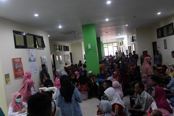Antrean Pasien RSUD Gemolong Menumpuk Bikin Anggota DPRD Sragen Geregetan