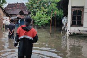 Banjir menggenangi Desa Loram Kulon, Kecamatan Jati, Kabupaten Kudus, Jawa Tengah. (Antara)