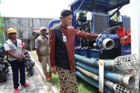 Tersumbat Sampah, 2 Pompa di Kali Sringin Semarang Rusak