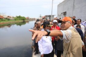Di Pekalongan, Gubernur Jateng Minta Warga Tak Buang Sampah Sembarangan